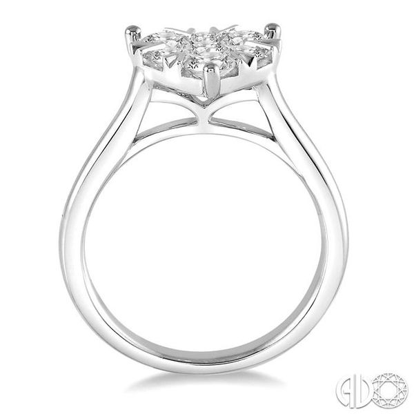 1/2 Ctw Round Cut Diamond Heart Shape Lovebright Ring in 14K White Gold Image 3 Becker's Jewelers Burlington, IA