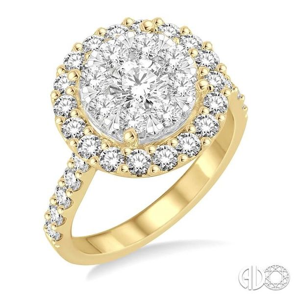 2 Ctw Round Shape Diamond Lovebright Ring in 14K Yellow Gold Becker's Jewelers Burlington, IA