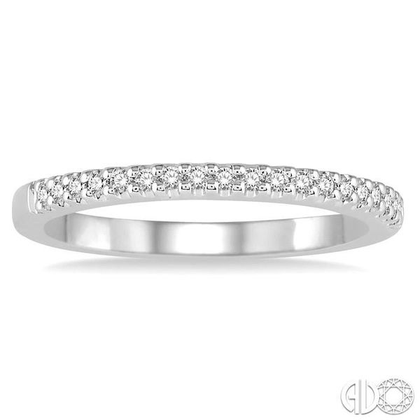 1/6 Ctw Round Cut Diamond Wedding Band in 14K White Gold Image 2 Becker's Jewelers Burlington, IA