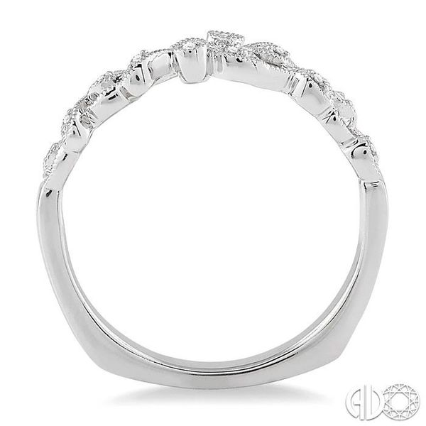 1/20 Ctw Round Cut Diamond Wedding Band in 14K White Gold Image 3 Becker's Jewelers Burlington, IA