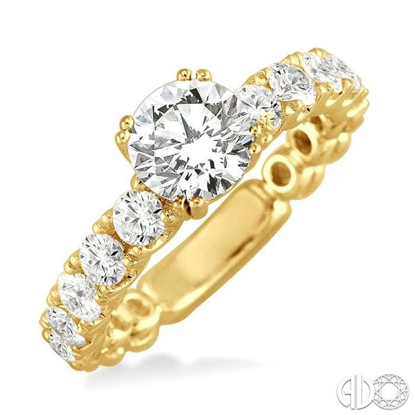 1 3/4 Ctw Diamond Engagement Ring with 3/4 Ct Round Cut Center Stone in 14K Yellow Gold Becker's Jewelers Burlington, IA