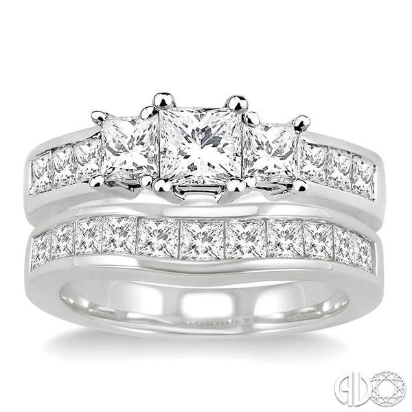 2 1/2 Ctw Diamond Wedding Set with 1 1/2 Ctw Princess Cut Engagement Ring and 1 Ctw Wedding Band in 14K White Gold Image 2 Becker's Jewelers Burlington, IA