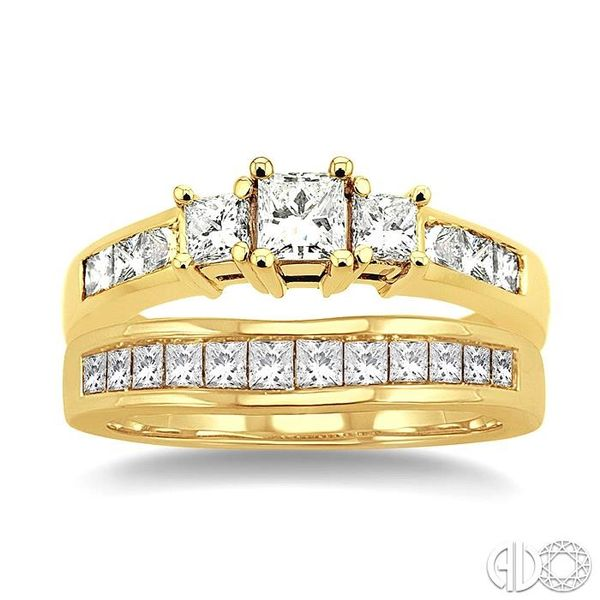1 1/2 Ctw Diamond Wedding Set with 1 Ctw Princess Cut Engagement Ring and 1/2 Ctw Wedding Band in 14K Yellow Gold Image 2 Becker's Jewelers Burlington, IA
