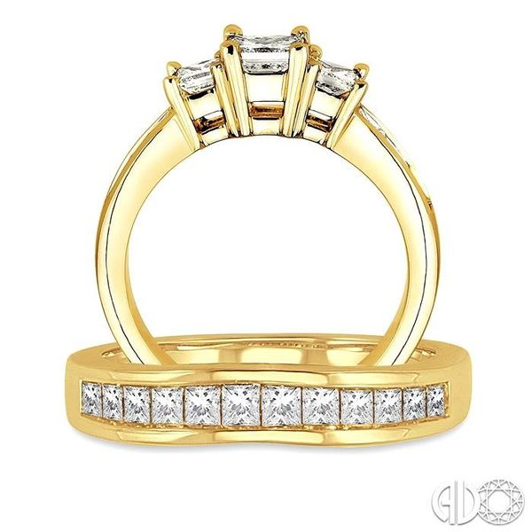 1 1/2 Ctw Diamond Wedding Set with 1 Ctw Princess Cut Engagement Ring and 1/2 Ctw Wedding Band in 14K Yellow Gold Image 3 Becker's Jewelers Burlington, IA