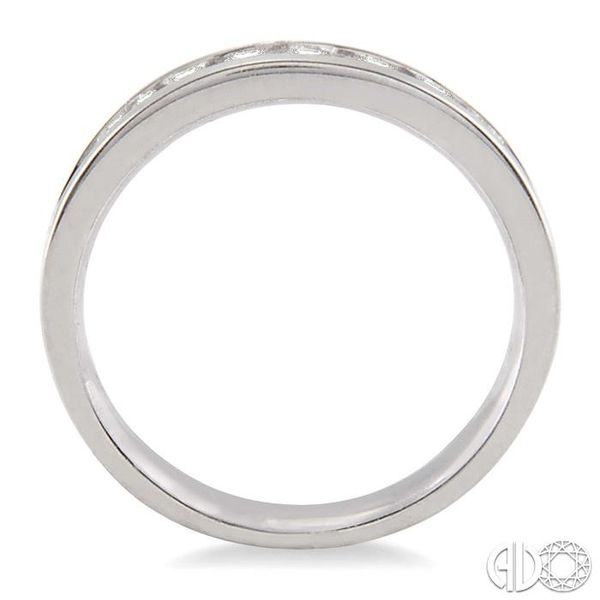 1/2 Ctw Round Cut Diamond Wedding Band in 14K White Gold Image 3 Becker's Jewelers Burlington, IA