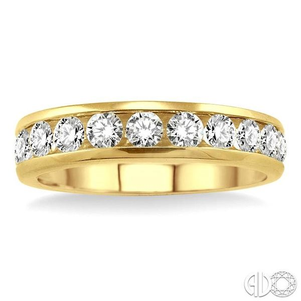 1/2 Ctw Round Cut Diamond Wedding Band in 14K Yellow Gold Image 2 Becker's Jewelers Burlington, IA