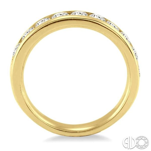 1/2 Ctw Round Cut Diamond Wedding Band in 14K Yellow Gold Image 3 Becker's Jewelers Burlington, IA