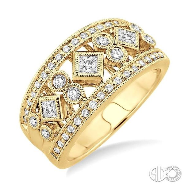 5/8 Ctw Diamond Fashion Ring in 14K Yellow Gold Becker's Jewelers Burlington, IA