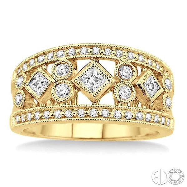 5/8 Ctw Diamond Fashion Ring in 14K Yellow Gold Image 2 Becker's Jewelers Burlington, IA