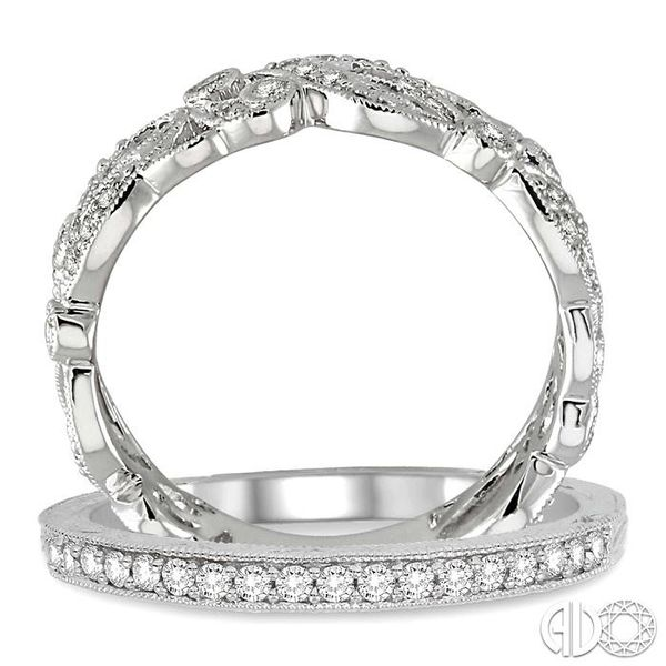 1/2 Ctw Round Cut Diamond Triple Band Set in 14K white Gold Image 3 Becker's Jewelers Burlington, IA