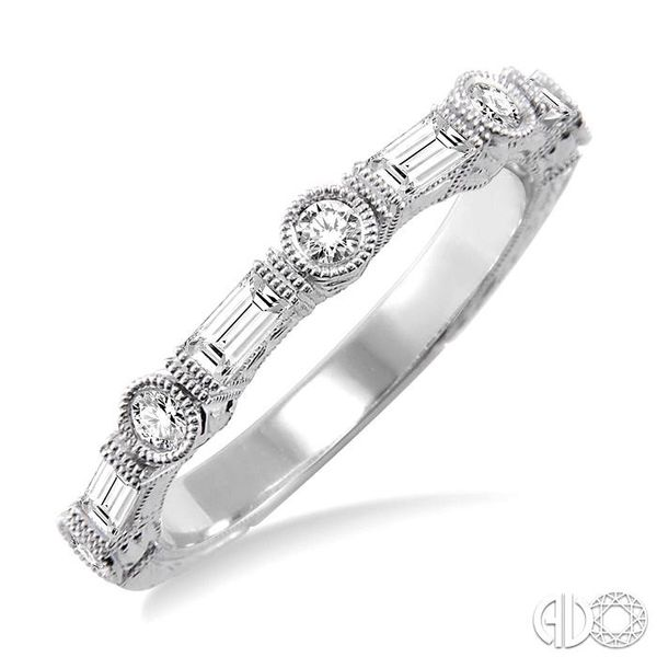 1/2 Ctw Diamond Fashion Band in 14K White Gold Becker's Jewelers Burlington, IA