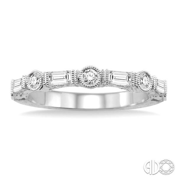 1/2 Ctw Diamond Fashion Band in 14K White Gold Image 2 Becker's Jewelers Burlington, IA