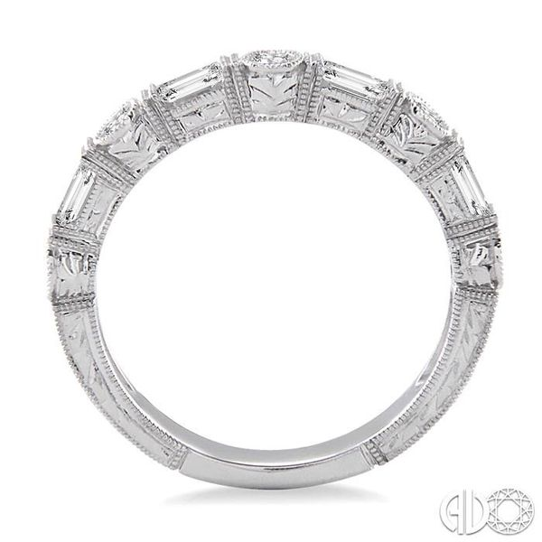 1/2 Ctw Diamond Fashion Band in 14K White Gold Image 3 Becker's Jewelers Burlington, IA