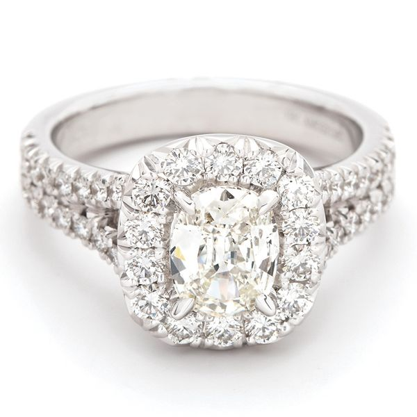 Henri Daussi Diamond Engagement Ring (1.91 ctw) Bremer Jewelry Peoria, IL