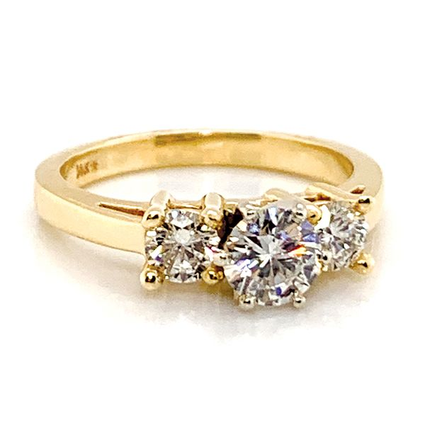 Pre-Owned Three-Stone Diamond Ring in Yellow Gold (1.11 ctw) Image 2 Bremer Jewelry Peoria, IL