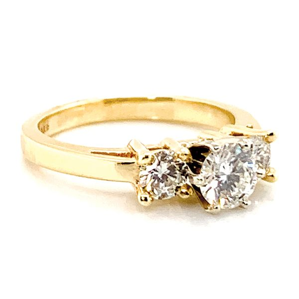 Pre-Owned Three-Stone Diamond Ring in Yellow Gold (1.11 ctw) Image 3 Bremer Jewelry Peoria, IL