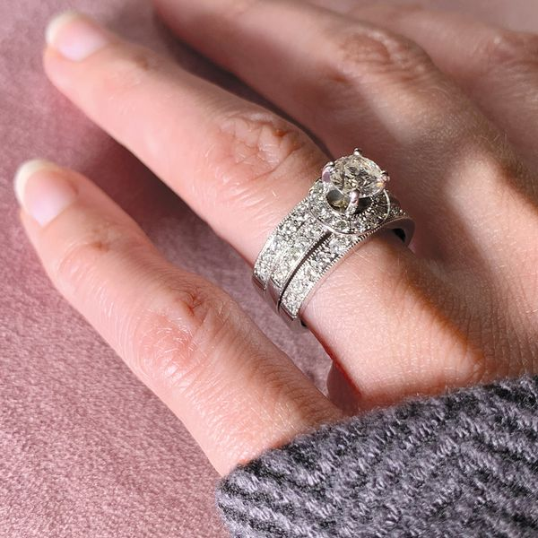 Pre-Owned Diamond Wedding Set in White Gold (1.75 ctw) Image 5 Bremer Jewelry Peoria, IL