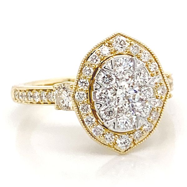 Vintage Halo Diamond Cluster Ring in Yellow Gold (1.25 ctw) Image 2 Bremer Jewelry Peoria, IL