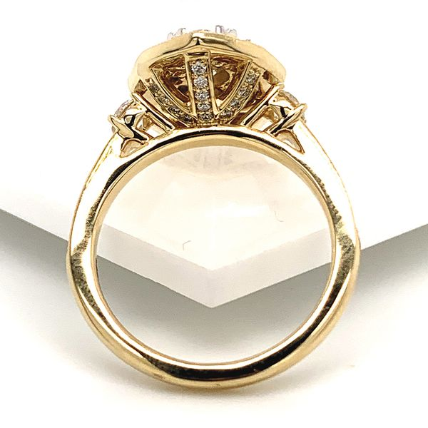 Vintage Halo Diamond Cluster Ring in Yellow Gold (1.25 ctw) Image 4 Bremer Jewelry Peoria, IL