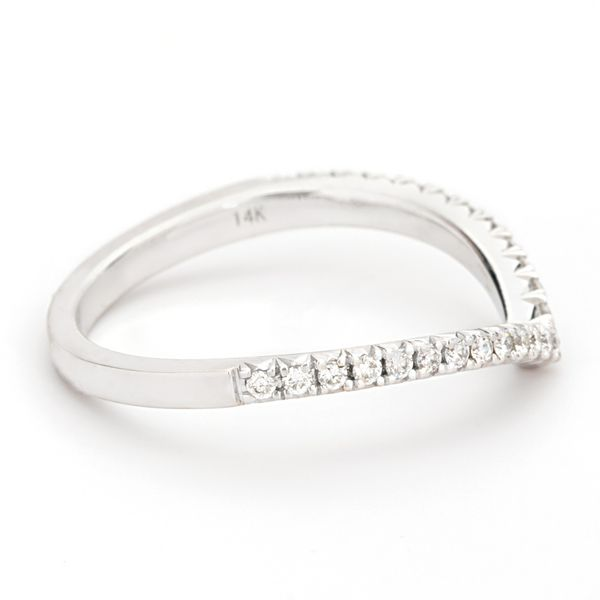 Henri Daussi White Gold Diamond Wedding Band Image 3 Bremer Jewelry Peoria, IL