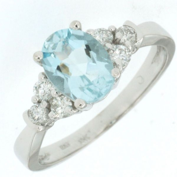 DIAMOND & AQUAMARINE RING Cottage Hill Diamonds Elmhurst, IL