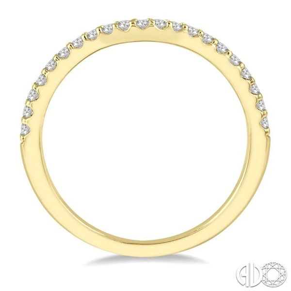 1/5 Ctw Curved Center Round Cut Diamond Wedding Band in 14K Yellow Gold Image 3 Coughlin Jewelers St. Clair, MI