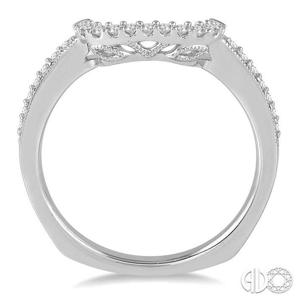 1/6 Ctw Round Diamond Wedding Band in 14K White Gold Image 3 Coughlin Jewelers St. Clair, MI