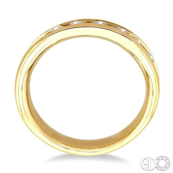 1 Ctw Round Cut Diamond Wedding Band in 14K Yellow Gold Image 3 Coughlin Jewelers St. Clair, MI