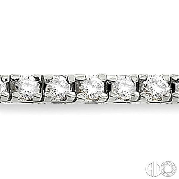 4 Ctw Square Shape Round Cut Diamond Tennis Bracelet in 14K White gold Image 3 Coughlin Jewelers St. Clair, MI