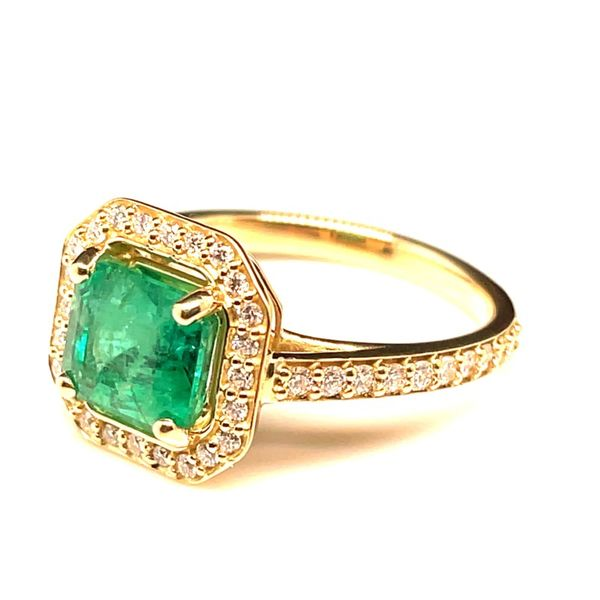 Women's Gemstone Fashion Ring Image 2 Anthony Jewelers Palmyra, NJ