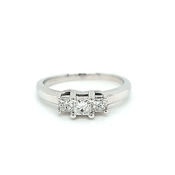 14k White Gold Three Stone Diamond Engagement Ring Arezzo Jewelers Chicago, IL