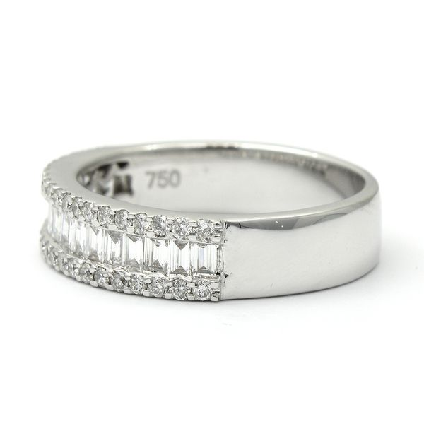18k White Gold Diamond Anniversary Band Image 2 Arezzo Jewelers Chicago, IL