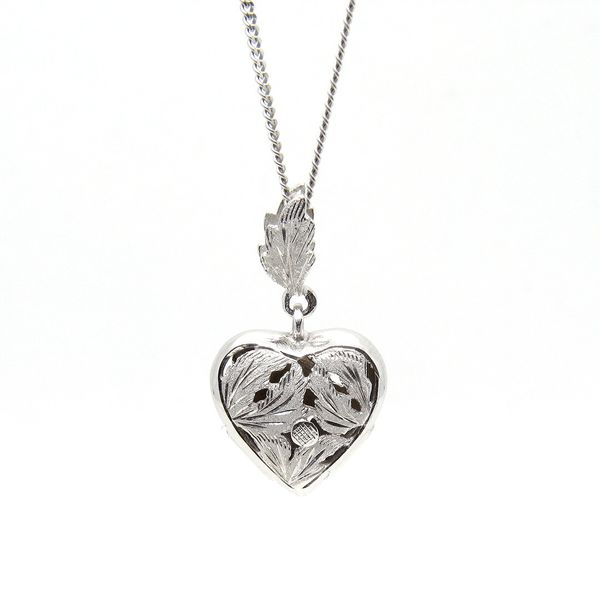 18k 3d Puffed Heart Medal Necklace Arezzo Jewelers Chicago, IL