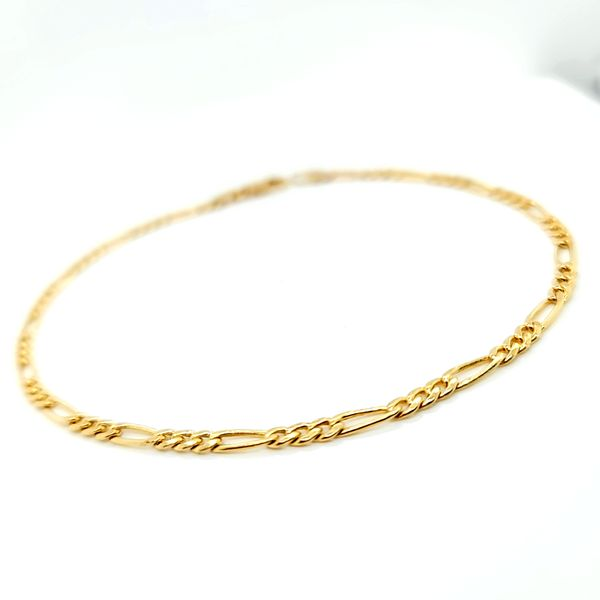 14K Yellow Gold 3mm Figaro Link Anklet Image 2 Arezzo Jewelers Elmwood Park, IL