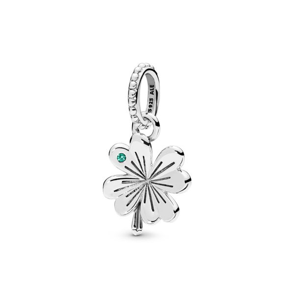Lucky Four-Leaf Clover Pendant Arezzo Jewelers Chicago, IL