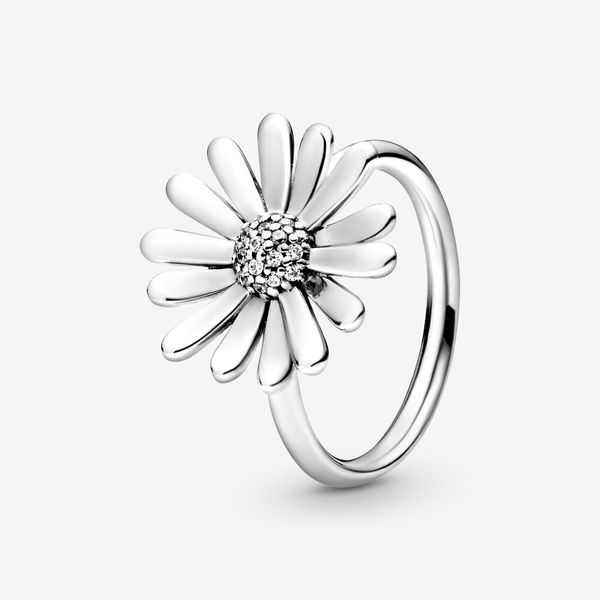 Pavé Daisy Flower Statement Ring Arezzo Jewelers Chicago, IL