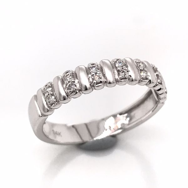 14kt White Gold Diamond Ring Image 2 Bluestone Jewelry Tahoe City, CA