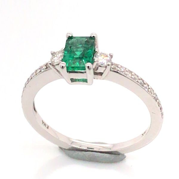 14K White Gold Ring w/ a 0.48ct Emerald & Round Diamonds Image 2 Bluestone Jewelry Tahoe City, CA