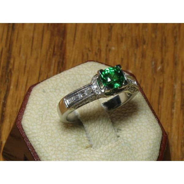 18 Karat White Gold Ring with 1.16 Carat Tsavorite Garnet and Diamonds Image 4 Bluestone Jewelry Tahoe City, CA