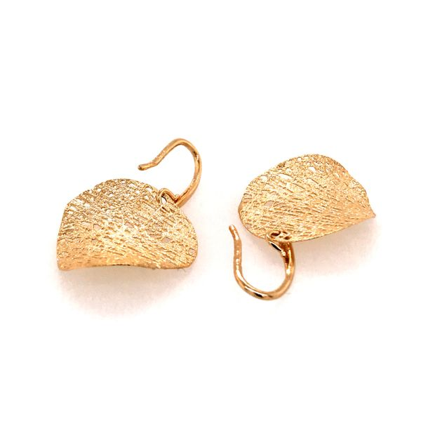14kt Yellow Gold Curved Disc Textured Earrings Image 2 Bluestone Jewelry Tahoe City, CA