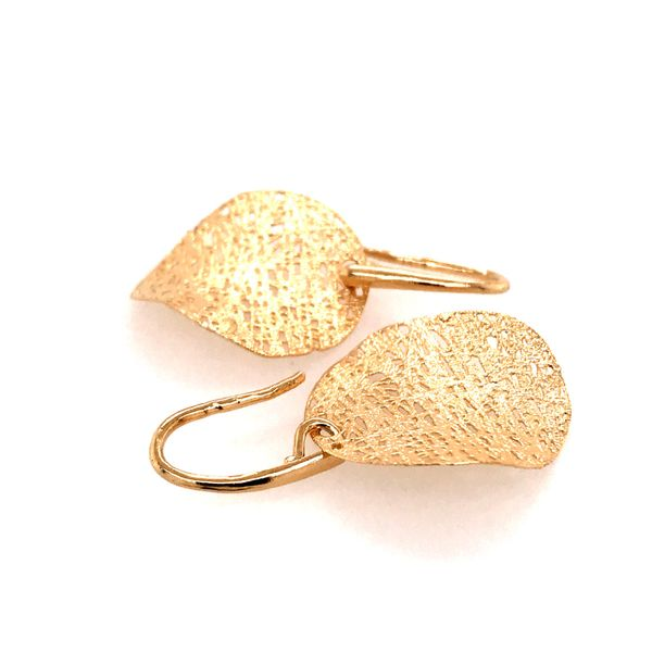 14kt Yellow Gold Curved Disc Textured Earrings Image 3 Bluestone Jewelry Tahoe City, CA