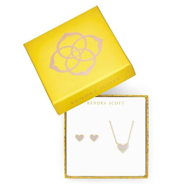 Heart Gift Set Blue Water Jewelers Saint Augustine, FL