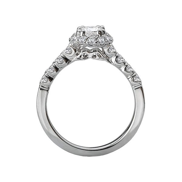 Round Diamond Halo Engagement Ring Image 3 Carter's Jewelry, Inc. Petal, MS
