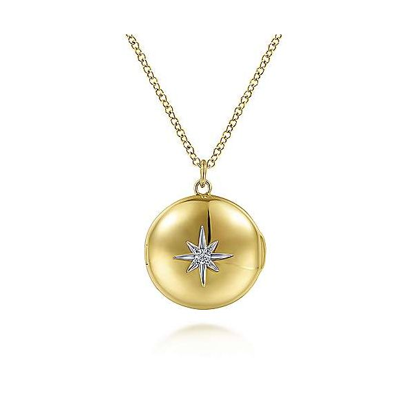 Round Locket Necklace with Diamond Star Center Carter's Jewelry, Inc. Petal, MS