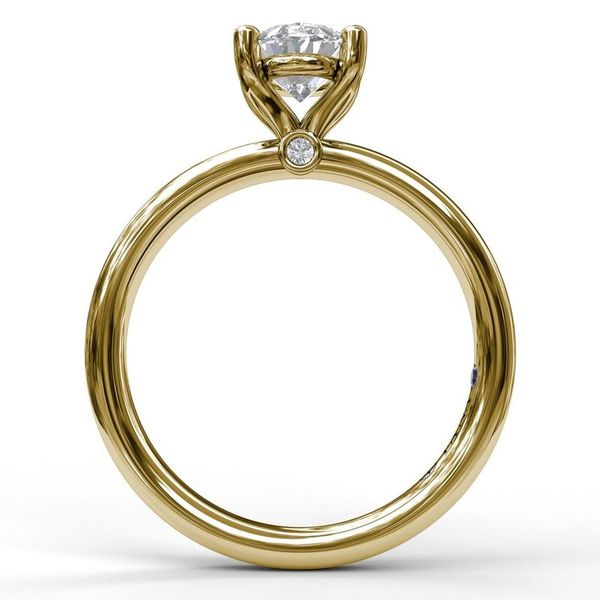 14K Yellow Gold Oval Solitaire Engagement Ring Mounting Image 3 Champaign Jewelers Champaign, IL
