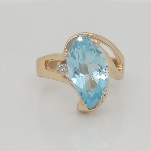 14K Yellow Gold Blue Topaz Ring Size 7 Chipper's Jewelry Bonney Lake, WA
