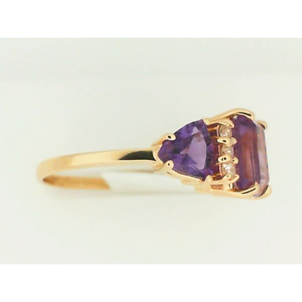 14K Yellow Gold 3-Stone Amethyst Ring, Size 8.25 Image 2 Chipper's Jewelry Bonney Lake, WA