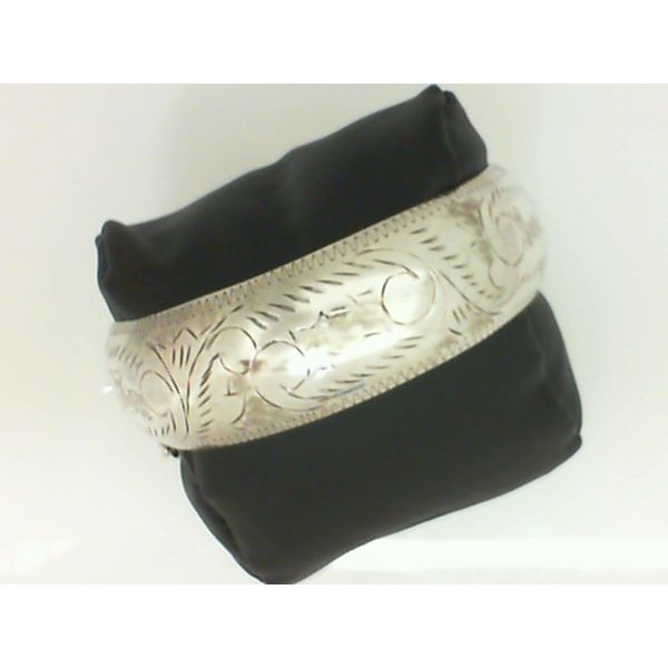 Sterling Silver Bangle Embossed & Hinged w/Safety Chain 7