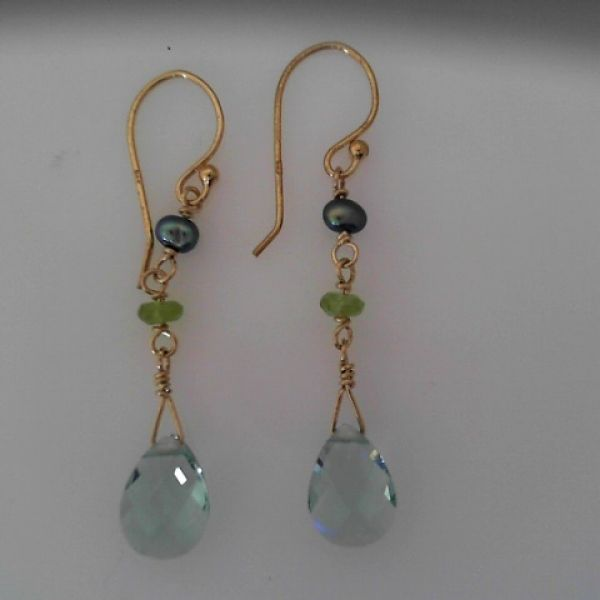 Holly Yashi Niobium Earrings Cindi's Diamond & Jewelry Gallery Foxborough, MA