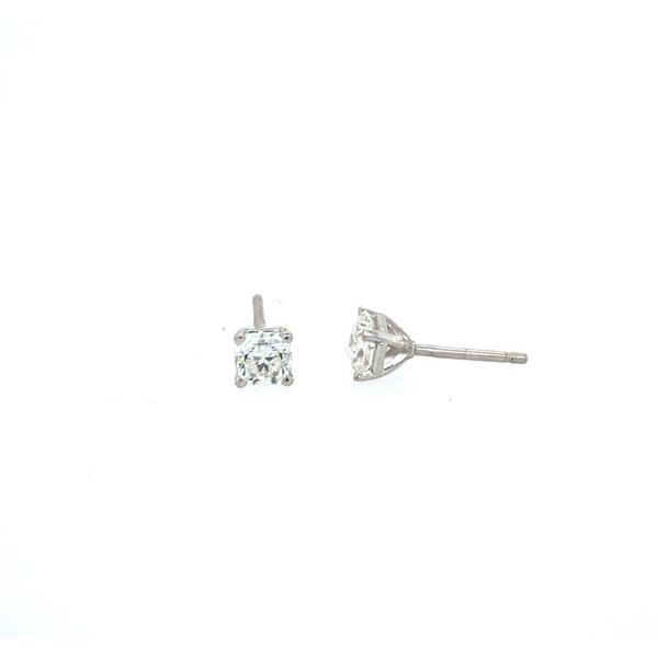 Hearts On Fire 18k White Gold Dream Cut Diamond Studs Confer's Jewelers Bellefonte, PA